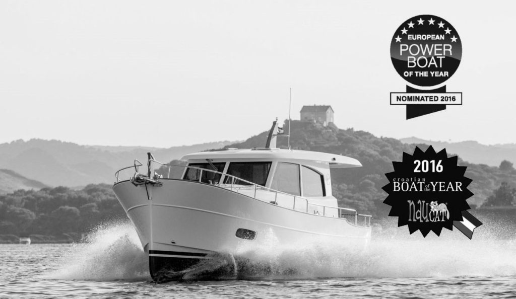 2016 Powerboat of the year minorca yachts