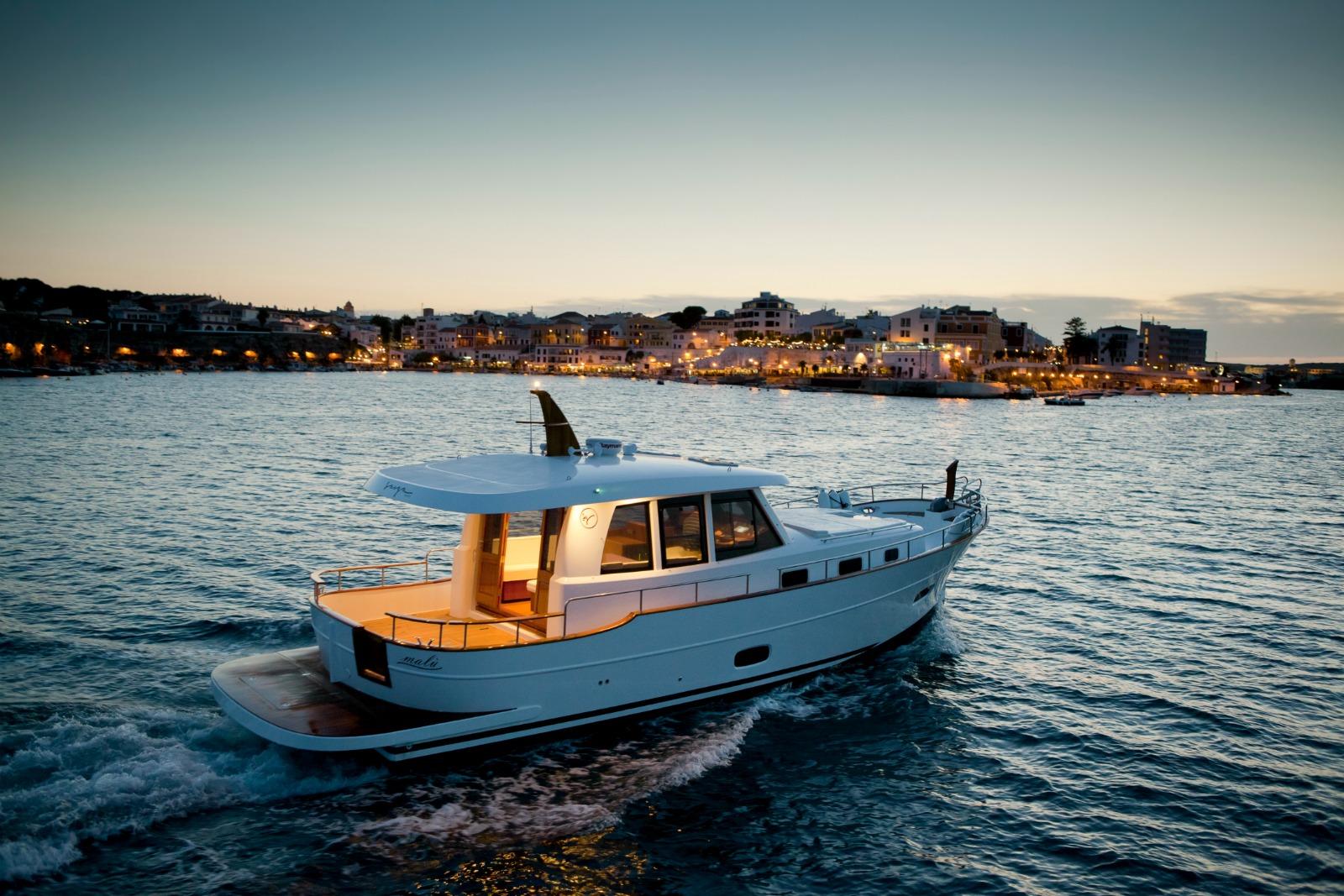 Islander Yachts For Sale