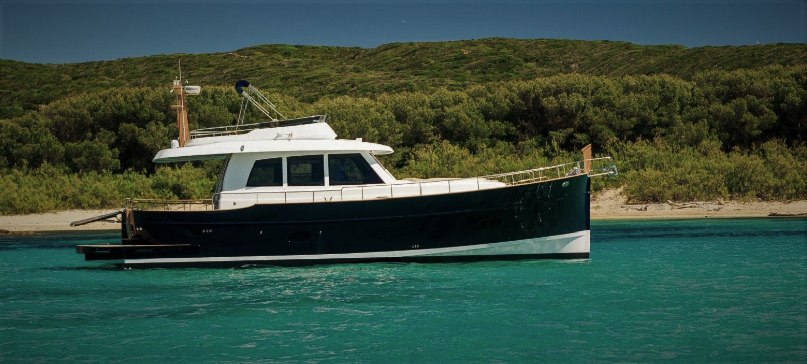 Minorca Islander 54 Flybridge - Profile