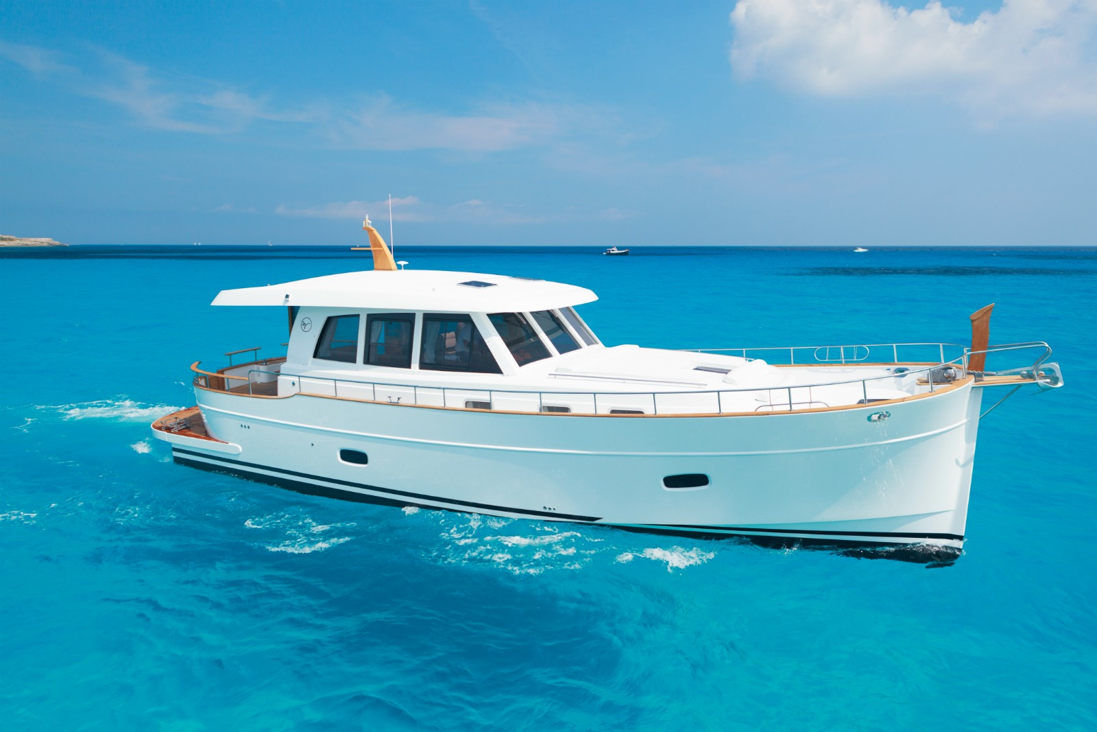 Minorca Islander 54 yacht for sale - Profile