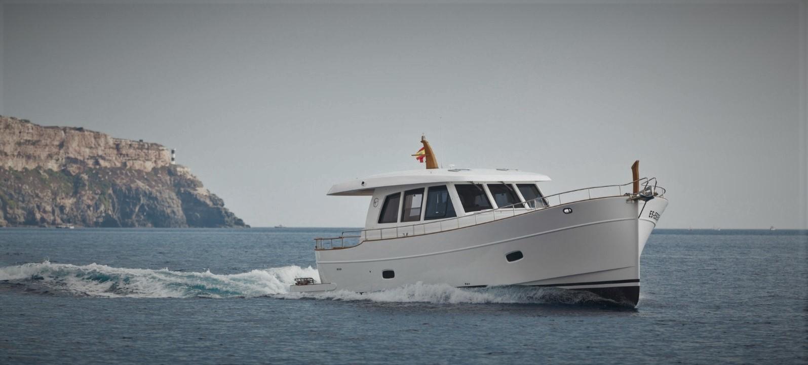 Minorca Islander 54 yacht for sale - Underway